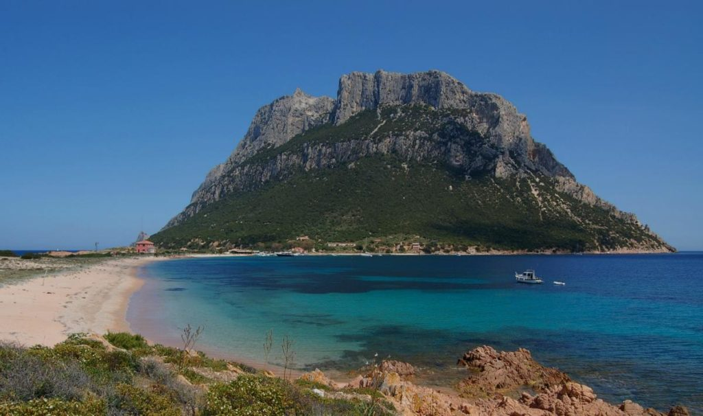 visiting sardinia for 1 week