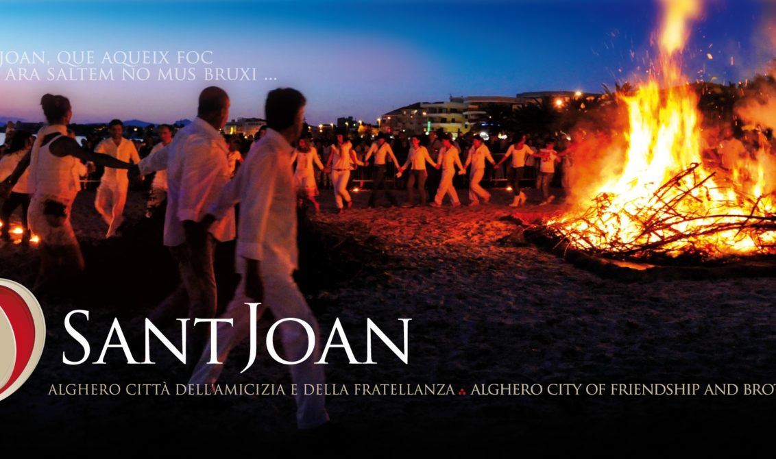 image of event focs de sant joan in Alghero Italy sardinia in an articole about travel tips