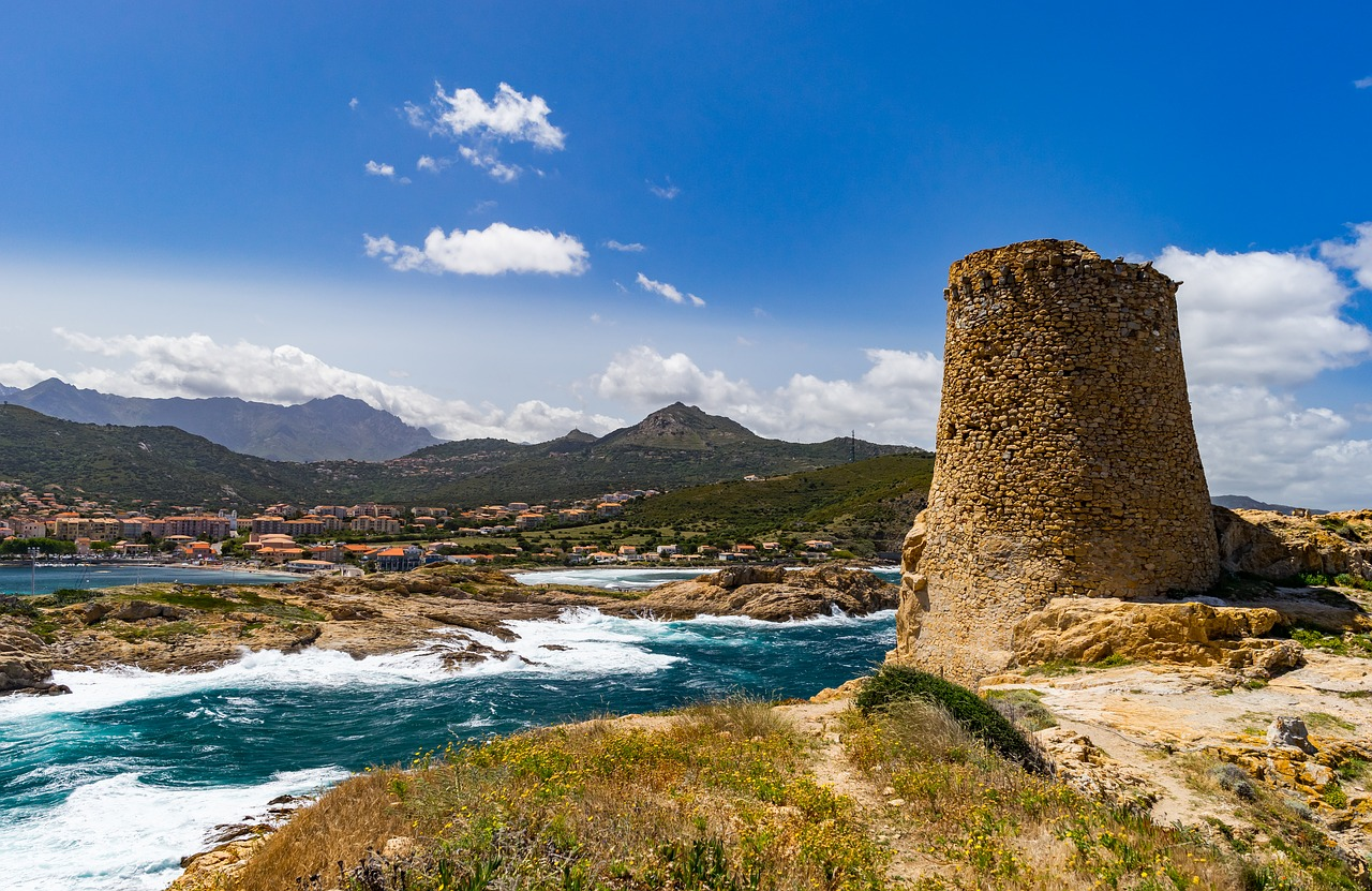 Sardinia: travel cheap, travel better