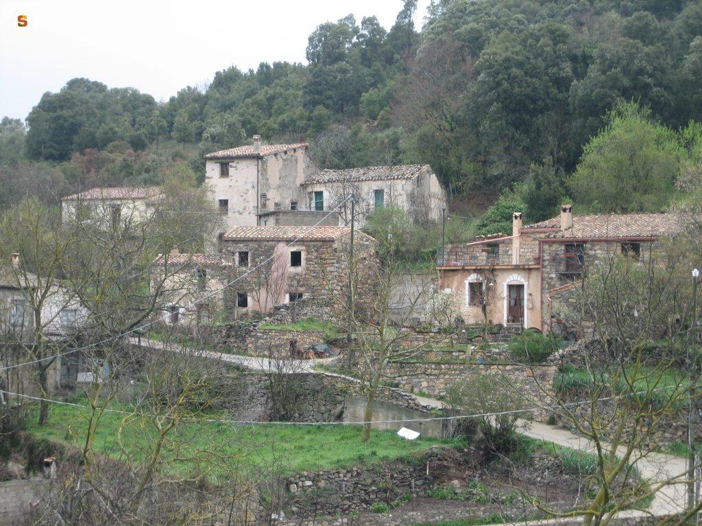 case del borgo di Sadali