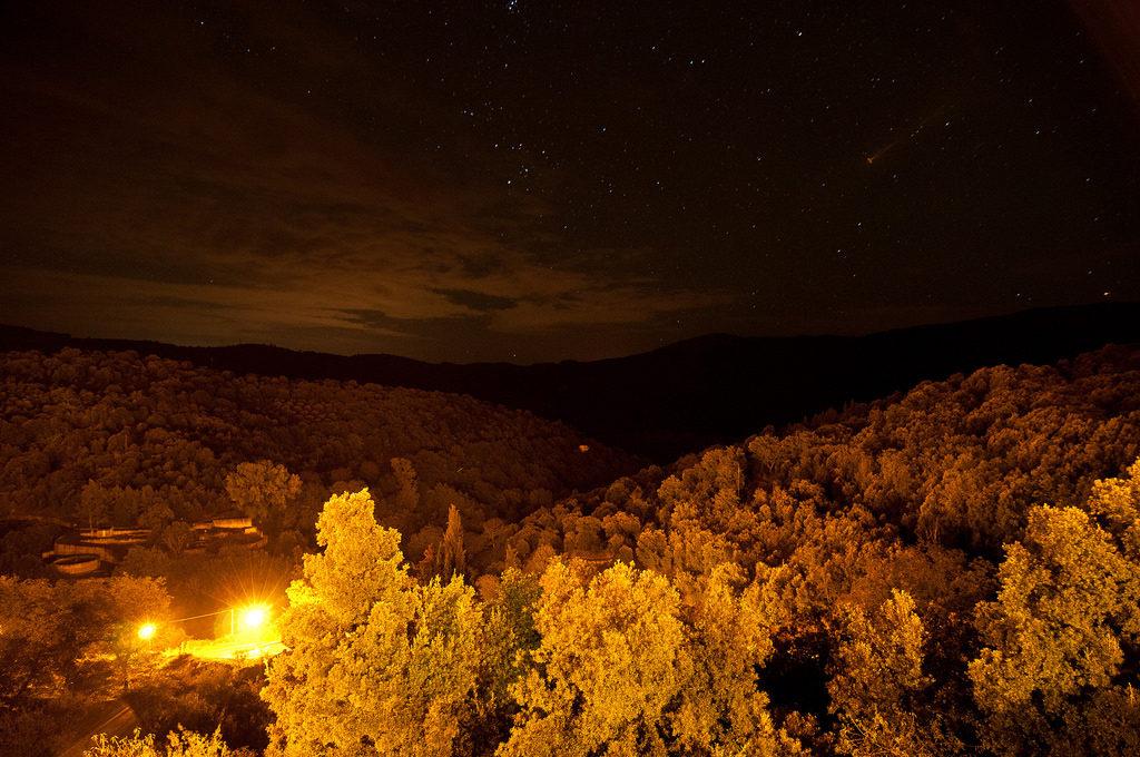 immagine di sadali sardegna di notte