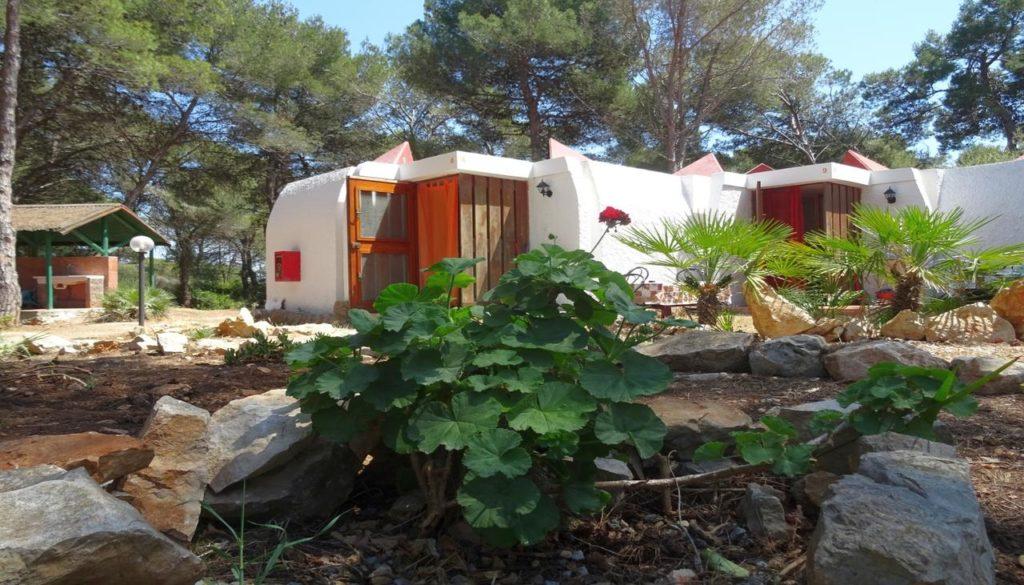 bungalows at villaggio nurral campsite alghero