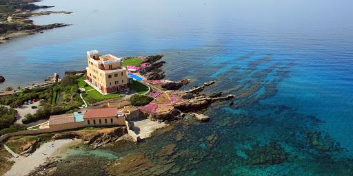 Best 5 stars hotel in Alghero, Sardinia: Villa Las Tronas!