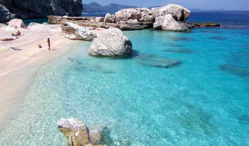 Vacanze 2021 in Sardegna: le strutture che accettano il bonus vacanza